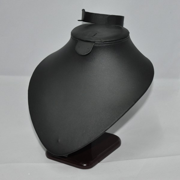 Бюст из кожзама для набора, арт.B054
