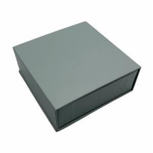 Футляр картонный с магнитной крышкой под набор, цена указана за 12 шт. арт. K110
