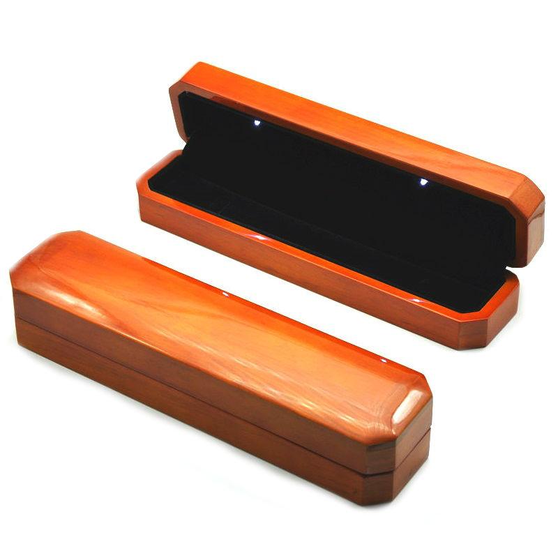 Деревянный пенал с подсветкой под браслеты, часы, бусы и цепочек, цена указана за 3 шт.
