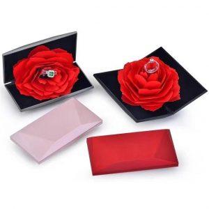 Футляр с цветком для кольца, цена указана за 3 шт.