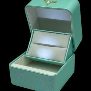 Футляры с подсветкой под 2 кольца, цена указана за 3 шт. Артикул: FS52