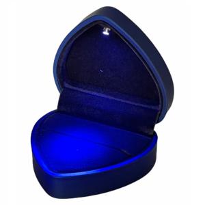 Футляры с подсветкой, цена указана за 6 шт. арт. FS70