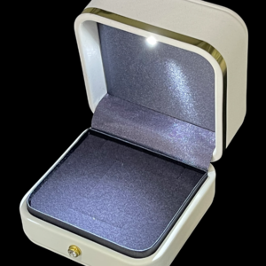 Футляр с подсветкой под кольцо и обручальные кольца, цена указана за 6 шт. арт. FS60