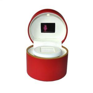 Футляр под кольцо крутящийся с подсветкой и видеозаписью